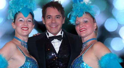 Candlelit Cabaret star Glen set for Tamworth return on Saturday