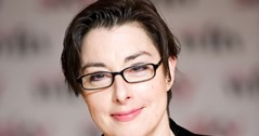 Sue Perkins to bring new show to Birmingham